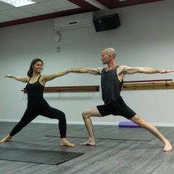 לימודי יוגה אשטנגה בפתח תקווה