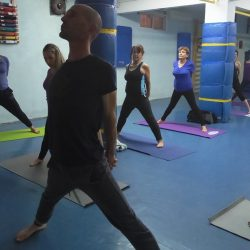 אימון יוגה אשטנגה בפתח תקוה